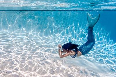 Anika the Mermaid with Lenkaland Photography
