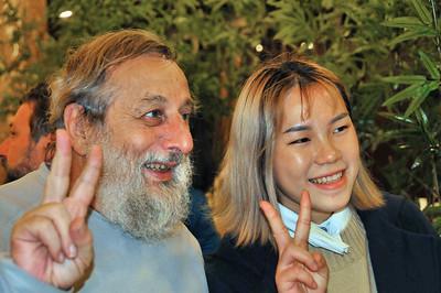 Guilin - Jean-François et sa filleule scolaire, Liang Xian Rong - Guangxi - Chine