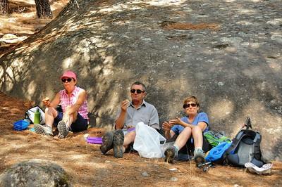 Pedriza de Manzanares - Pause de midi pour Monique, Jean-Marie et Françoise - Communauté de Madrid - Espagne