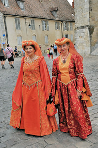 Bourges - Gentes dames médiévales  - Cher - France