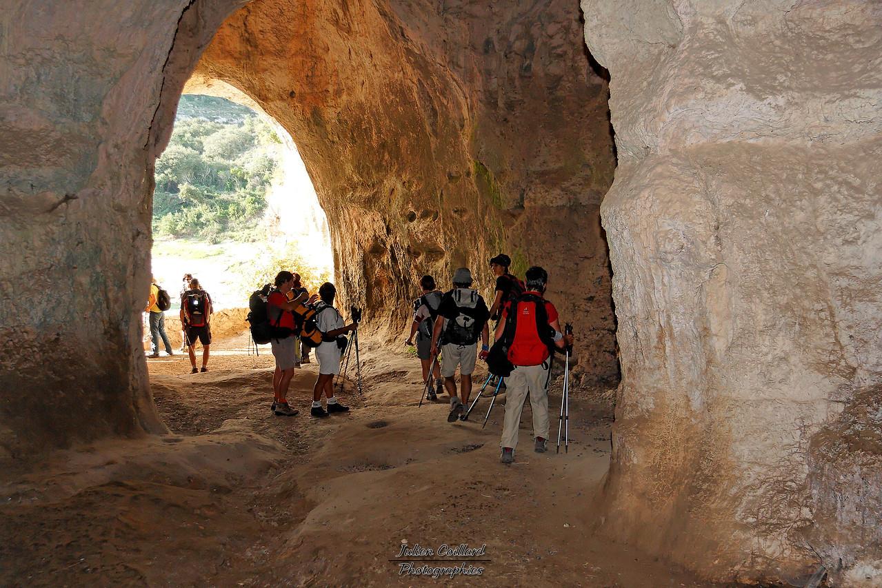 29-10-2006 Gard - Vallée du Gardon Entre Russan et Collias Chapelle St Vérédème - La grotte