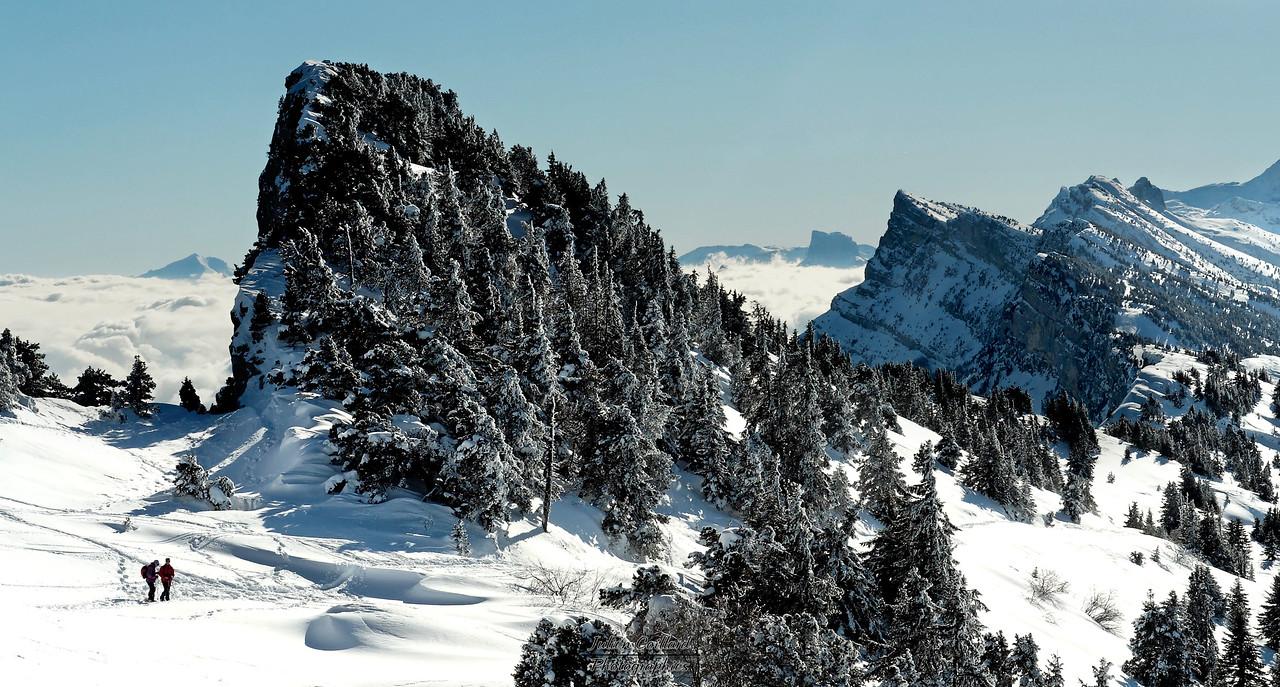 19-01-2006 Vercors - Retour du Moucherotte Le Cornafion, les Arêtes de Gerbier avec en fond le Mont Aiguille