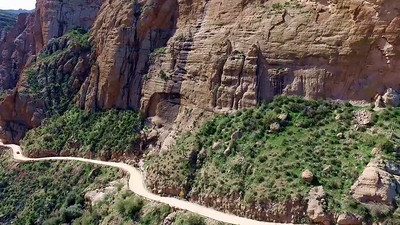 6-Apache Trail switchback road_06