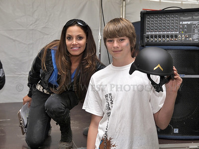 Trish Stratus and Team Stratusphere at Met Con Blue 2012   025