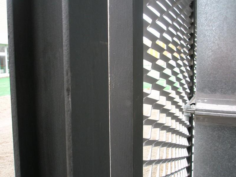 JustFacades.com Piscinas Sant Sadurni D'anoia-expandido-fachada-cerramiento-galvanizado-10 (11).JPG