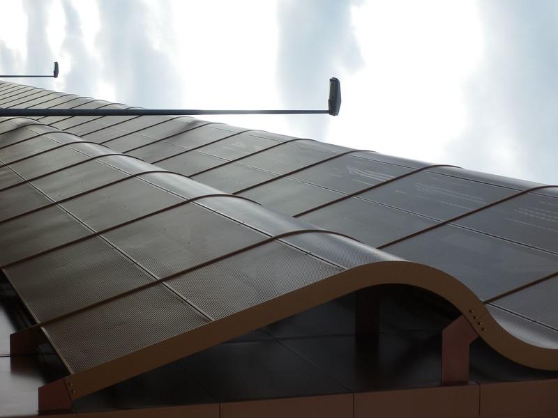 JustFacades.com Artika-Edif Oficinas Navara-perforado-aluminio-lacado color cobre-20 (25).JPG