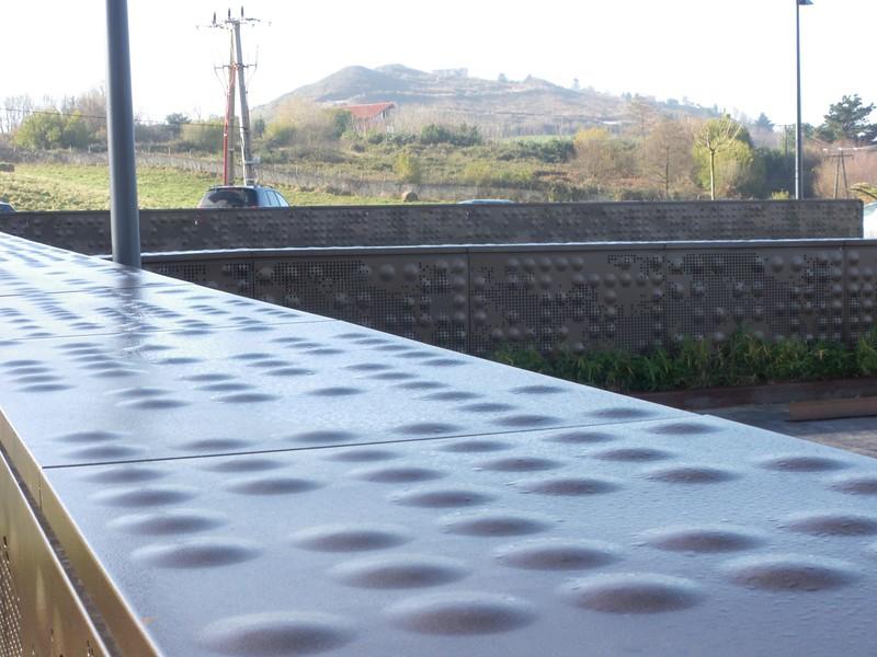 JustFacades.com akelarre 09-11-8-aluminio-lacado-volumenes-10.JPG