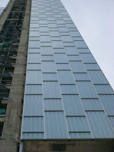 JustFacades.com Hotel Habitat Sky-ME-Barcelona-inox perforado-fachada-facade-stainless steel-d Perrault-grecado-24 (9).JPG