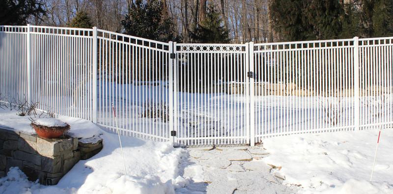 177 - 414870 - Ridgefield CT - Custom Aluminum Puppy Panels