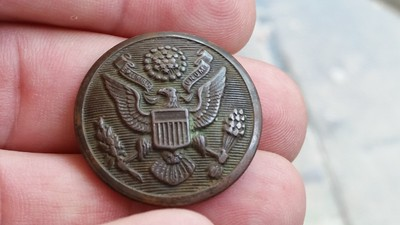 Great Seal button from World War 1