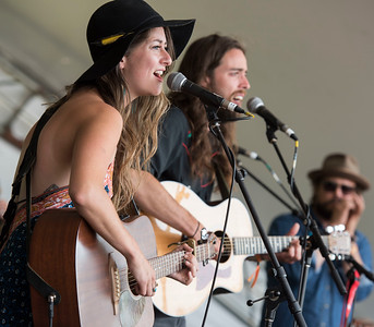 Carly Dow performs at a workshop hosted by Begonia at the Green Ash stage during Folk Fest at Birds Hill Park Sunday July 9, 2017. (David Lipnowski for Metro News)