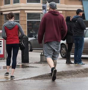 It was shorts weather on Osbourne Sunday March 13, 2016. (David Lipnowski for Metro News)