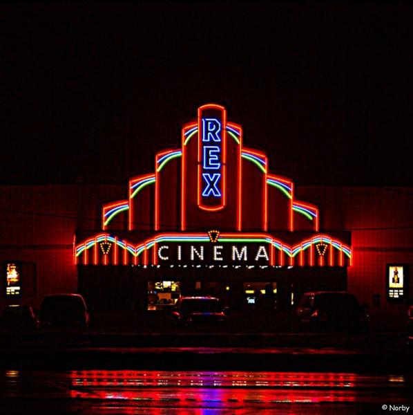 Rex Chaska Theater, Retro