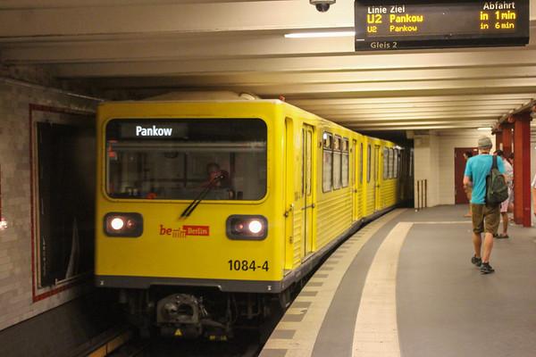 Berlin U2 Metro - Senefelderplatz