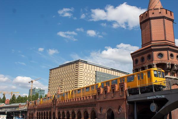 Leaving Warschaure Straße