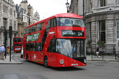 LT20, LTZ1020, Metroline, Trafalgar Square, Central London.