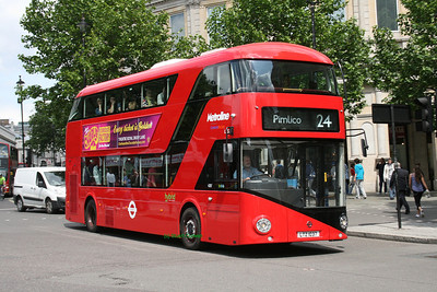 LT37, LTZ1037, Metroline, Trafalgar Square, Central London.