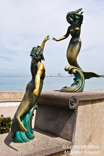 Trito & Nereid on Puerto Vallarta's Seaside promenade.