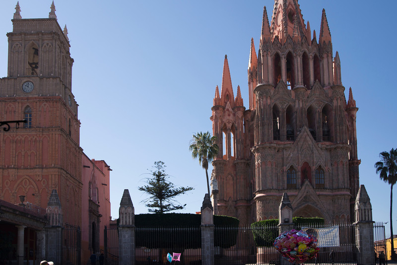 The Parroguia and (to the left) the Chuch of San Raphael