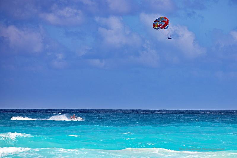 Cancun Delfines Beach Jet Ski & Kite Sailers Marked