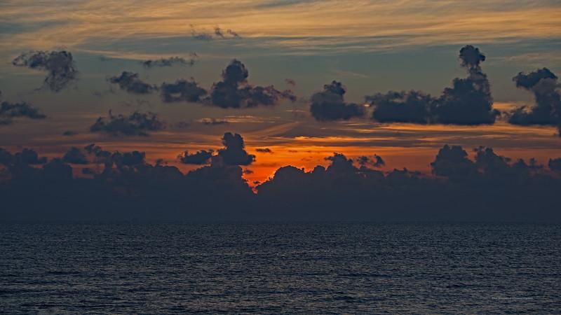 Riviera Maya Simply Sunrise Wide Marked