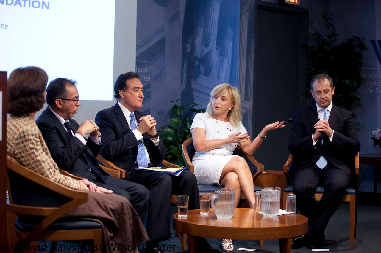 The Challenge of Shared Responsibility: First Annual Conference of the U.S.-Mexico Foundation's Mexican American Leadership Initiative<br /> <br /> Speaker(s): Henry Cisneros, Roberta Johnson, Arturo Sarukhan, Blanca Trevino, Alfredo Corchado