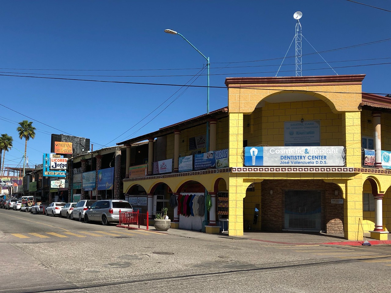Los Algodones Dentist Office
