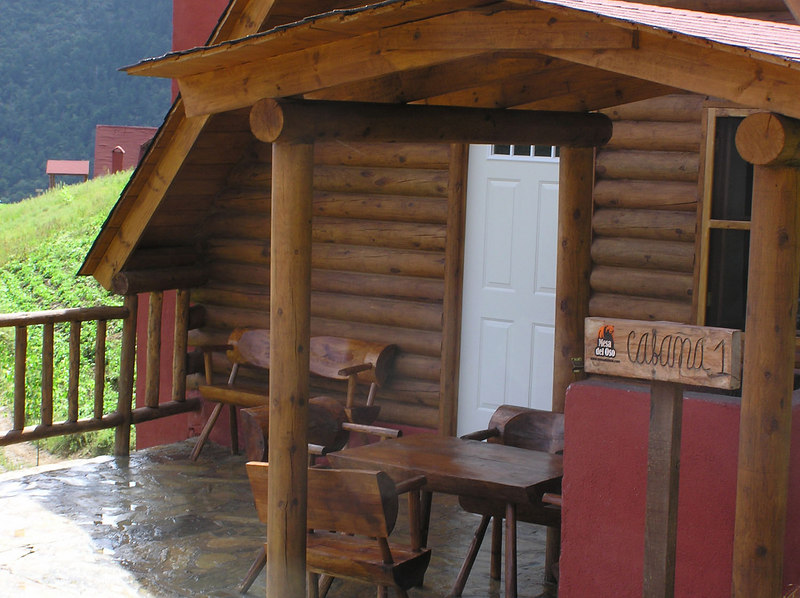 Cabanas Mesa del Oso, very civilized