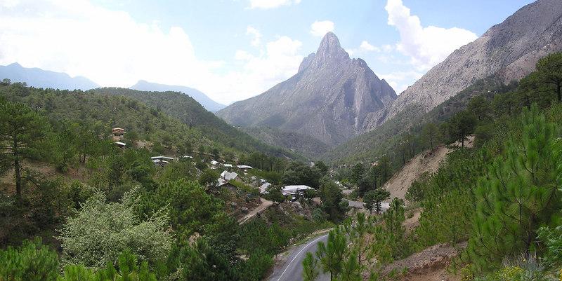 La Penita, between Lirios and Laguna