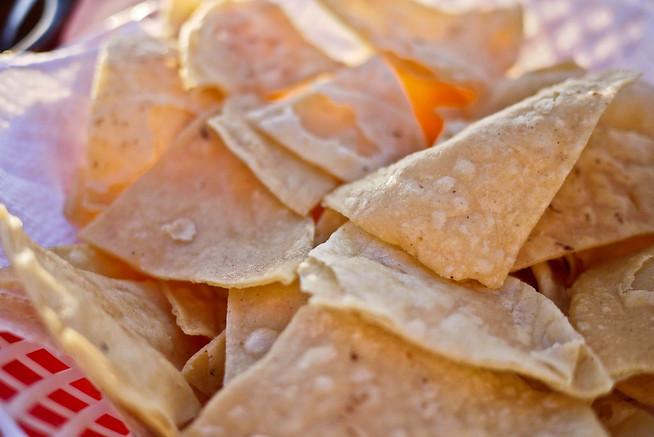 Crispy tortilla chips