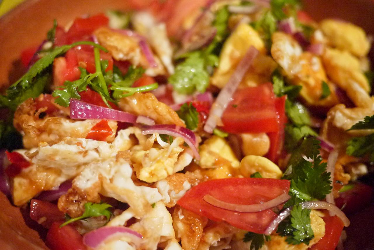 Yum Kai dao, Thai fried egg salad.
