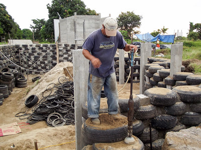 Tires Filled with Sand - An Alternative Building Material - 1
