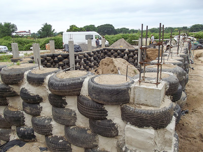 Hybrid Home Foundation using Tires, Mexico - 2