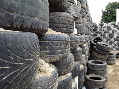 Hybrid Home Foundation Wall of Stacked Tires