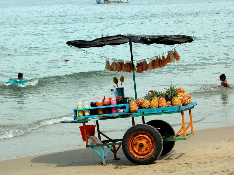 beach vendor 1
