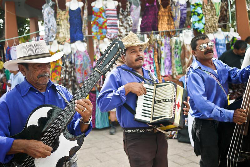 Mariachi band at La Penita market.