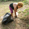 woman-picks-up-litter-2.jpg