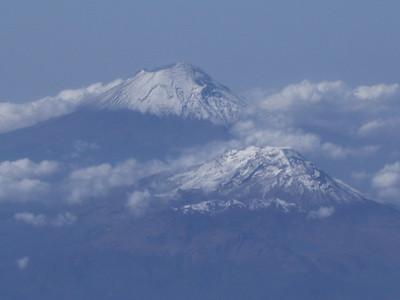 Volcanes Popocatepetl e Izta