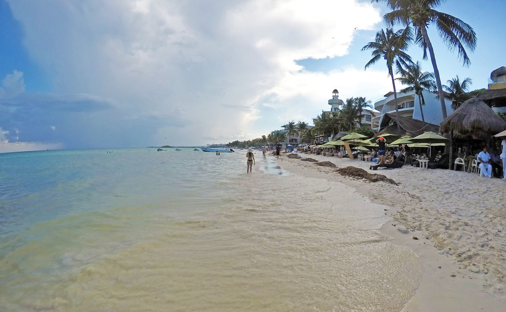 Playa del Carmen beaches - Many public beaches are free to visit
