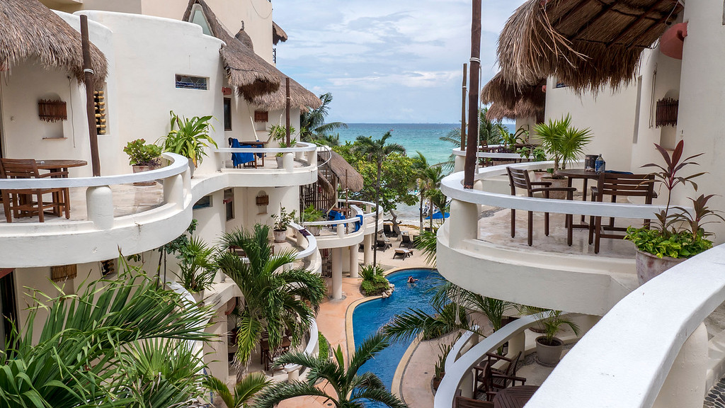 Where to stay in Playa del Carmen: Playa Palms Beach Resort