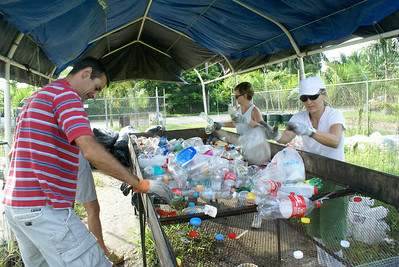 Canadian and American Recycling Volunteers in Mexico, 2010