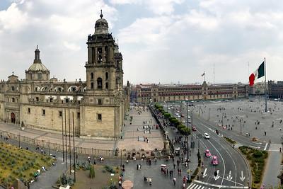 Plaza del Zócalo, Plaza de la Constitución, Catedral Metropolitana de la Asunción de la Santísima Virgen María a los cielos, Mexico City, Mexico