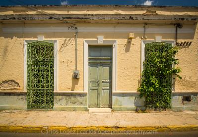 Calles de Merida,  Cream #1