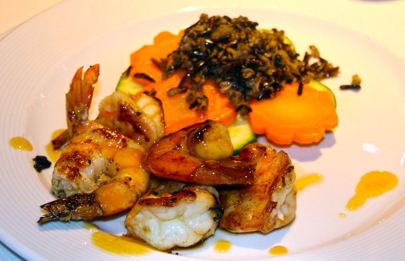 Gourmet seafood on board the Ecoventura Yacht