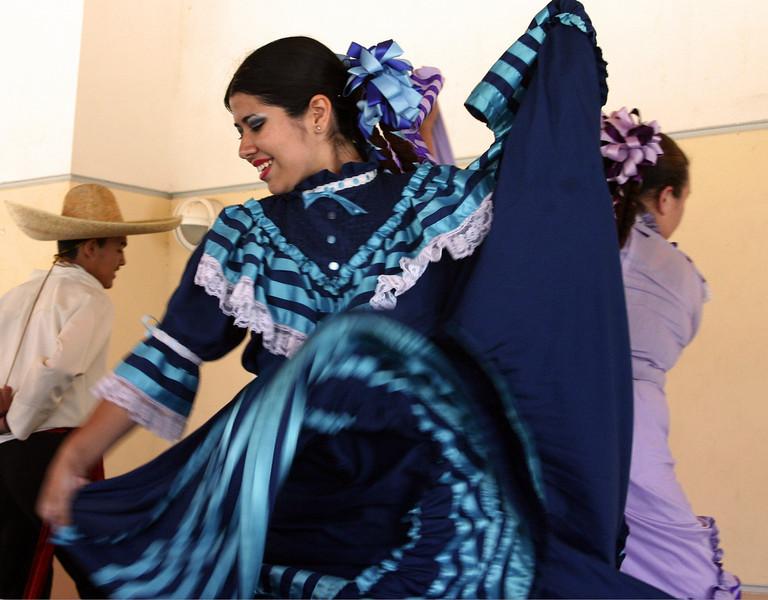 Baja California, Ballet Folklorico