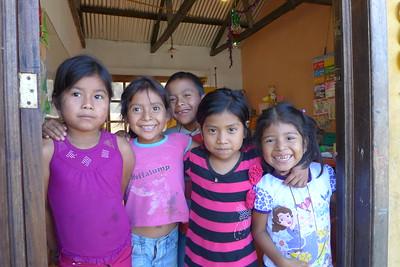 Finca Peru Paris; Schulhaus für die Kinder der Angestellten und Erntehelfer