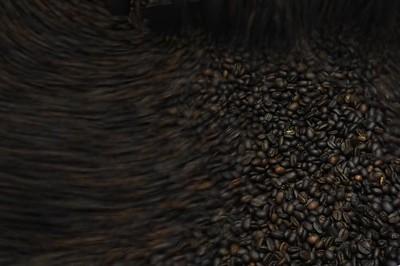 Finca Peru Paris: Ausgelesene Kaffebohnen werden direkt auf der Finca geröstet