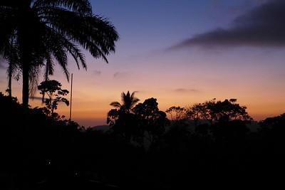 Sonnenuntergang von der Terasse der Finca Peru Paris