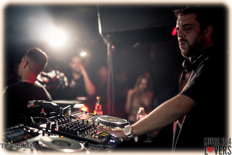 DJ-Tennis-TJ-1401