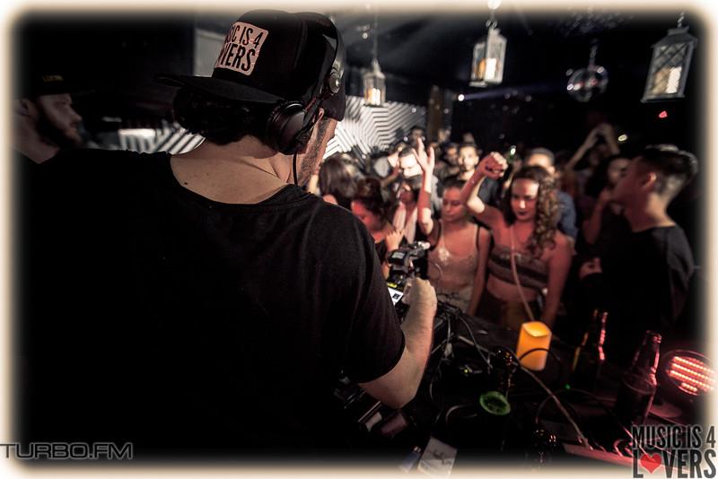 DJ-Tennis-TJ-1164